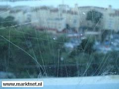 Krassen in glas verwijderen
